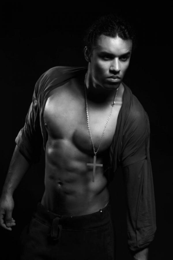 Model | Mirek K.