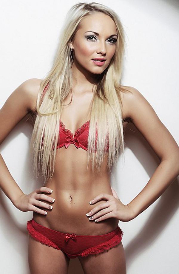 Model | Aneta K.