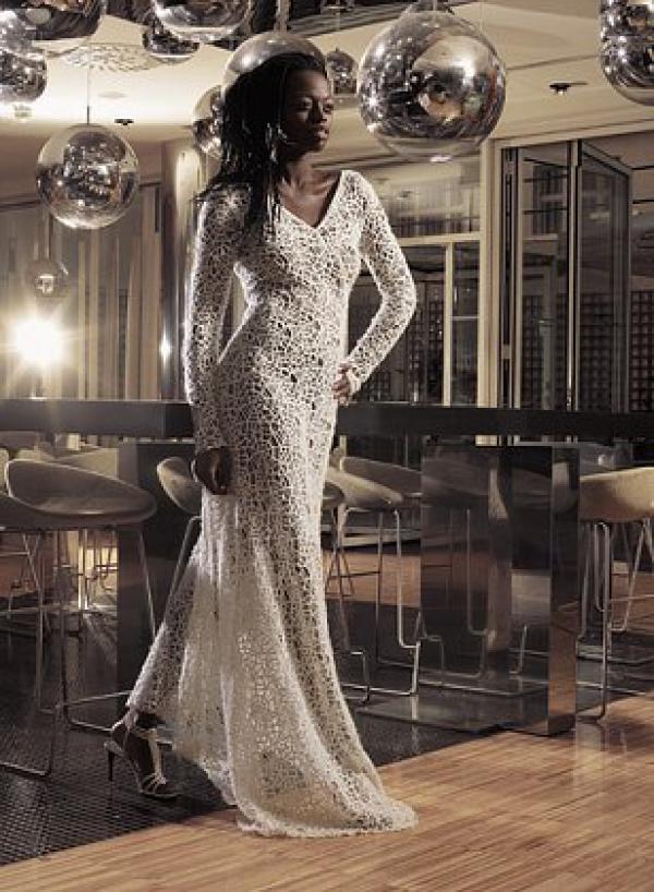 Model   Dina CASSAMA