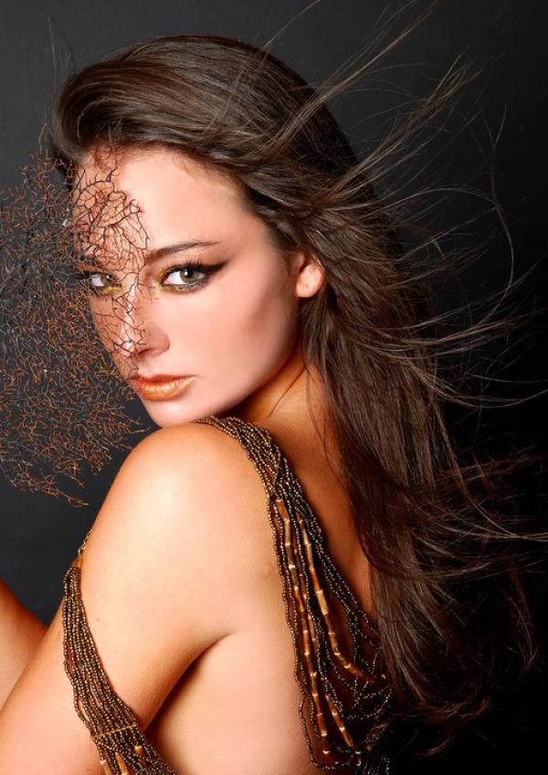 Model / Jennifer Taichmann