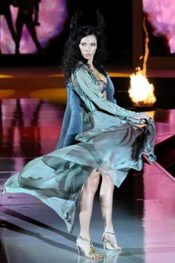 Model | Kateřina KRŇANSKÁ