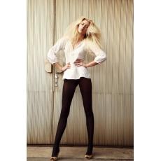 Model | Petra R.