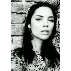 Model | Monika K.
