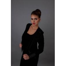 Model/ Monika K.